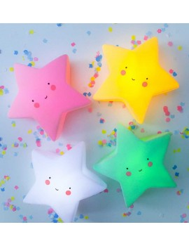 Luz quitamiedos estrella Little Lovely